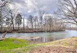 Location vacances Maryville - Little River Honey Hideaway with River Tubes!-3