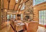 Location vacances Hagerstown - Creekside Berkeley Springs Cabin on 35 Acres!-3