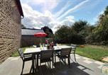 Location vacances Argouges - Gîte La Vieille Mazure-2