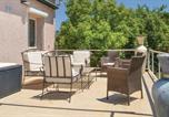 Location vacances San-Giuliano - Three-Bedroom Holiday Home in Sta Maria Poggio-3