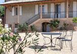 Hôtel Pruzilly - Chambres d'hôtes Vers la Croix-4