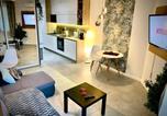 Location vacances Cracovie - Luxury Studio with Air-Conditioning in Krakow - 5 min walk to Zakrzowek-1