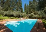 Location vacances Bagno a Ripoli - Villa in Private Estate,shared Pool,parking,3km to Ponte Vecchio-1