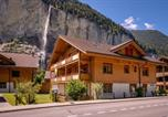 Location vacances Lauterbrunnen - Luxury, waterfall valley apartment-2