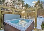 Location vacances North Conway - Spacious Mtn Home with Hot Tub and Loft, Walk to Town!-3