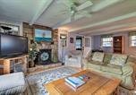 Location vacances Mystic - Saybrook Manor House, Walk to Cove Beach!-4