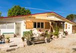 Location vacances Lachapelle-Auzac - Sunlit Bungalow with Private Pool in Nadaillac-de-Rouge-1