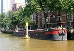 Hôtel Capelle aan den IJssel - Houseboat holiday apartments Rotterdam-1