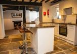 Location vacances Dalton-in-Furness - Clarence House Mews-1
