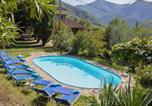 Location vacances  Province de Lucques - Casa Tognarello-1