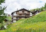 Location vacances Visp - Spacious Holiday Home in Grachen with Open Kitchen-1
