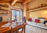 Location vacances Mel - Beautiful apartment in Sant'Antonio Tortal with Wifi and 2 Bedrooms-2