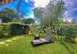Location vacances Mandelieu-la-Napoule - Appartement T2 Jardin piscines-2