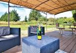Location vacances  Bouches-du-Rhône - Beautiful home in Graveson w/ Sauna, Wifi and 2 Bedrooms-2