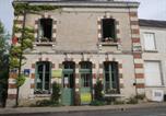 Location vacances Loché-sur-Indrois - B&B et Brocante &quote;Les Volets Verts&quote; Chambres d'hôtes de charme-1