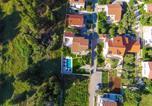 Location vacances Vir - Villa Fresia-2