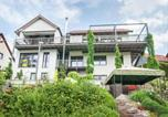 Location vacances Oberhof - Modern Apartment in Zella-Mehlis with Private lawn-3