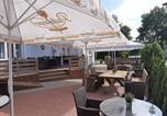 Location vacances Haselünne - Hotel Restaurant Zum Wacholderhain-2
