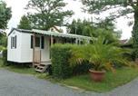 Camping 4 étoiles Cordelle - Parc Camping les Acacias-1