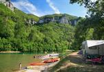 Camping avec Parc aquatique / toboggans Aveyron - Flower Camping Peyrelade-4