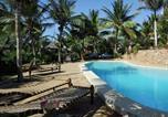 Villages vacances Mombasa - Tembo Village Resort-1