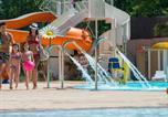 Camping Hérault - Particulier sur Camping Sables du Midi - Fun pass non inclus-1