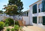 Location vacances Longeville-sur-Mer - Maison de 4 chambres a La Tranche sur Mer avec jardin clos et Wifi-2