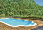 Location vacances Linières-Bouton - Two-Bedroom Holiday Home in Vernoil-3