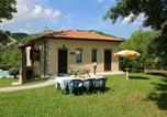 Location vacances Mercatello sul Metauro - Property with swimming pool, spacious garden, private terrace and views-1