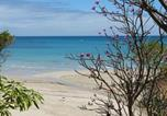 Location vacances  Madagascar - Have a relaxing vacation right on the beach enjoying the locations amenities-2