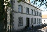Location vacances Beauraing - Luxury Holiday Home by the Forest in Honnay-2