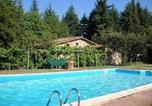 Location vacances Fosciandora - Villa with 3 bedrooms in Barga with wonderful mountain view private pool furnished garden 57 km from the beach-1
