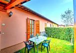 Location vacances San Giorgio di Pesaro - Roncaglia Villa Sleeps 4 Pool Air Con Wifi-3