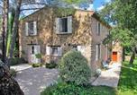 Location vacances Pignans - Villa in Gonfaron-1
