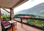 Location vacances Manali - Indraprastha Resort -big balcony and mountain view-1