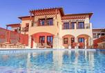 Location vacances Kouklia - Villa in Kouklia Sleeps 4 includes Swimming pool Air Con and Wifi 4-2