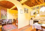 Location vacances  Province de Lucques - Wanda's apartment-1