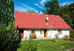 Location vacances Stárkov - Chalupa Amálka-1