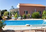 Location vacances Cassagnes - House with 3 bedrooms in Castelnou with wonderful mountain view private pool enclosed garden 30 km from the beach-1