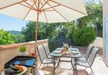 Location vacances Pignans - Collobrieres Villa Sleeps 4 Pool Wifi-4