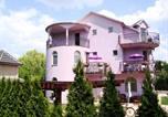 Location vacances Palić - Guest House Vila Madams-1