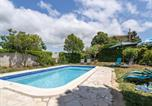 Location vacances Azille - Modern Villa in Beaufort with Swimming Pool-1