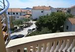 Location vacances Vodice - Beautiful holiday apartment Sanela for relaxed vacation-4