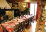 Location vacances Pech-Luna - Seven-Bedroom Holiday home Laurac with a Fireplace 03-2