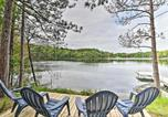 Location vacances Green Lake - Quiet Retreat on Lake with Kayaks, Boats, Bikes!-1
