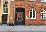 Hôtel Leicester - D-20 Sangha Hall-4