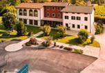 Location vacances  Province de Pordenone - Le Favole Agriturismo-3