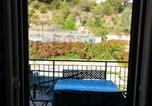 Location vacances Cisano sul Neva - Apartment with 2 bedrooms in Villanova d'Albenga with furnished balcony and Wifi 7 km from the beach-1