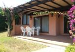 Location vacances  Province de Sassari - Villa con Piscina Stintino-1