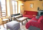 Location vacances  Manche - Holiday Home Quettehou Rue Du Buissonnet-2